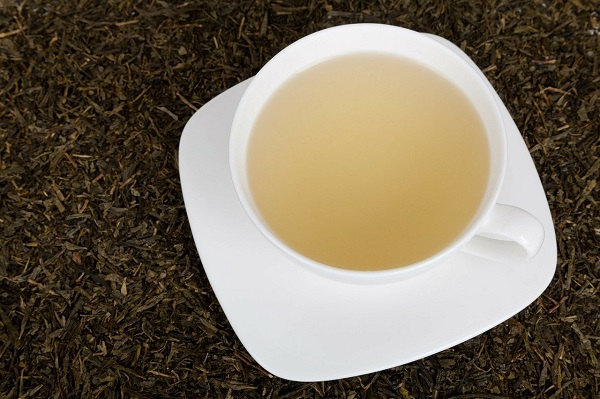 Does white tea have caffeine
