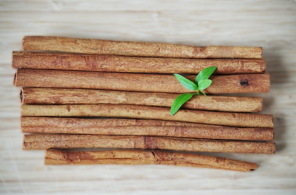 Let's know about the health benefits of Cinnamon tea!!