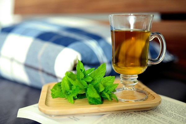12 Tantalizing health benefits of Peppermint tea and a quick recipe to brew it!!
